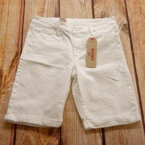 "Levi's Women's White Bermuda Shorts Sz 30"""